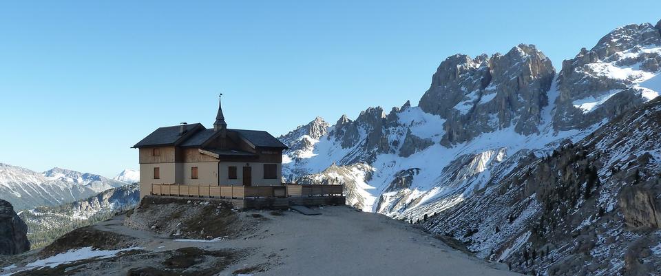 Auronzo refuge and Cadini di Misurina range, Dolomite Alps, Italy