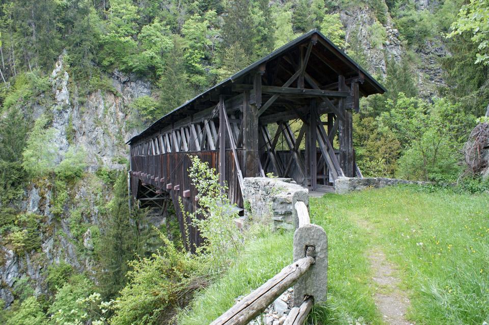 迪森蒂斯瑞士平底船Russein橋