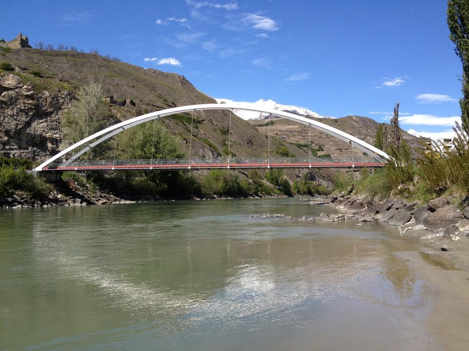 Ponte situato a Sion, Svizzera