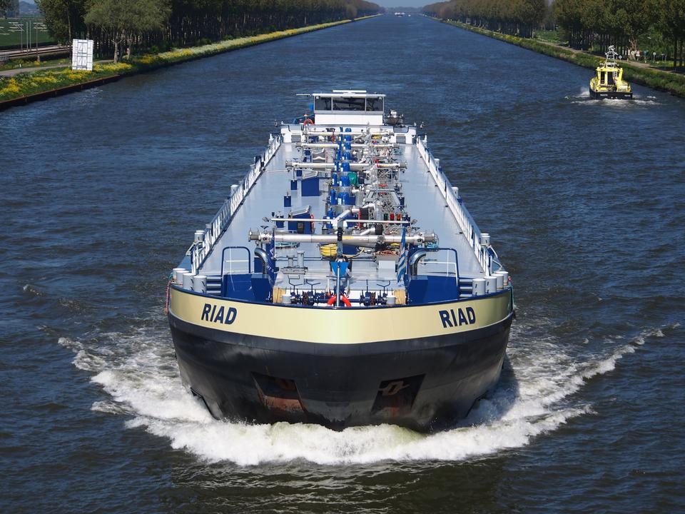 Cargo Amsterdam-Rhin canal, Pays-Bas