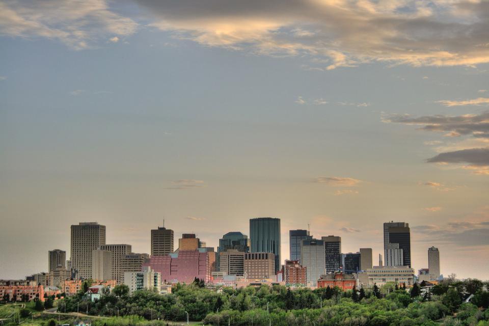 埃德蒙顿,加拿大东市中心的天际线
