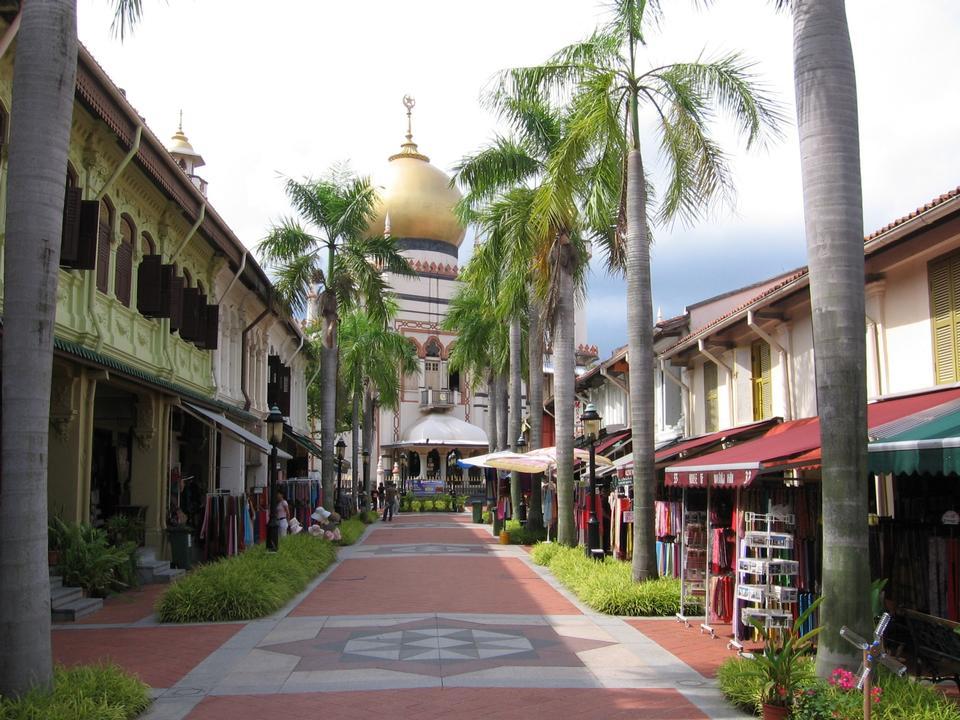 Masjid Sultan in Bussorah Street, Singapore