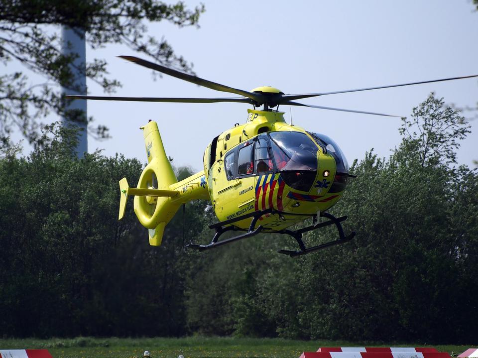 helicóptero de negocios