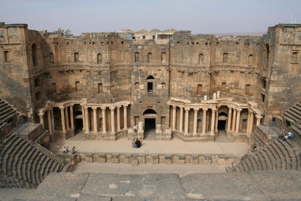 南劇場、古代のGerasaの古代ローマの都市