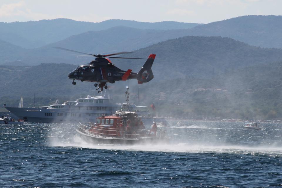 Operazione di salvataggio in mare