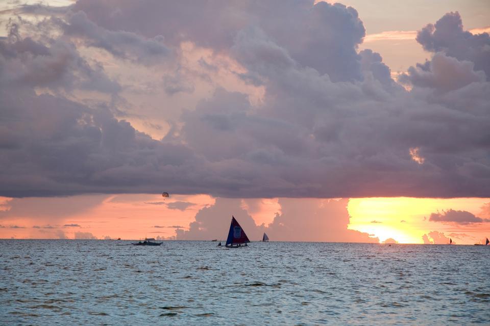 필리핀 보라카이 일몰의 아름다운 풍경