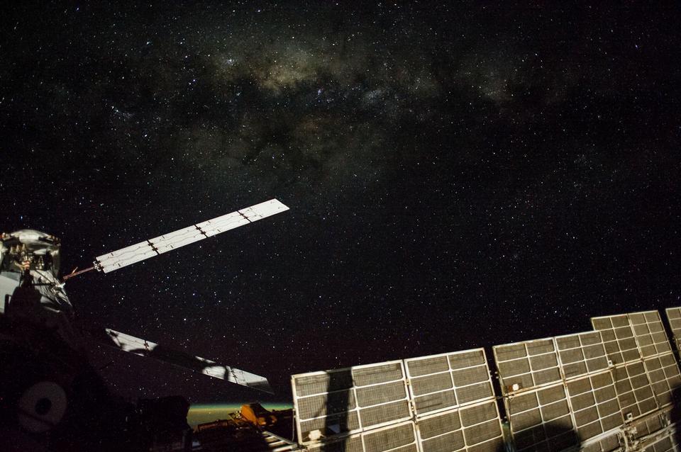 Звездное небо с космической станции