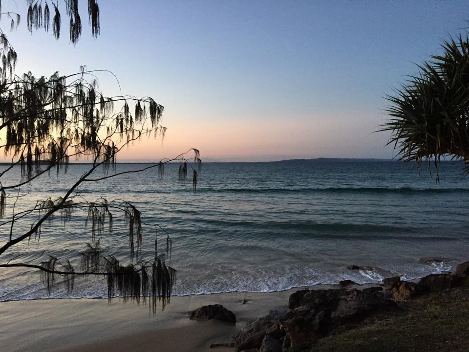 Lever à Noosa parc national, Sunshine Coast, Queensland, Austr