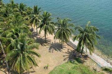Descarga gratis la imagen de alta resolución - Faro Raffles en Pulau Satumu, Singapur