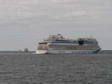 Descarga gratis la imagen de alta resolución - Crucero THOMSON SPIRIT