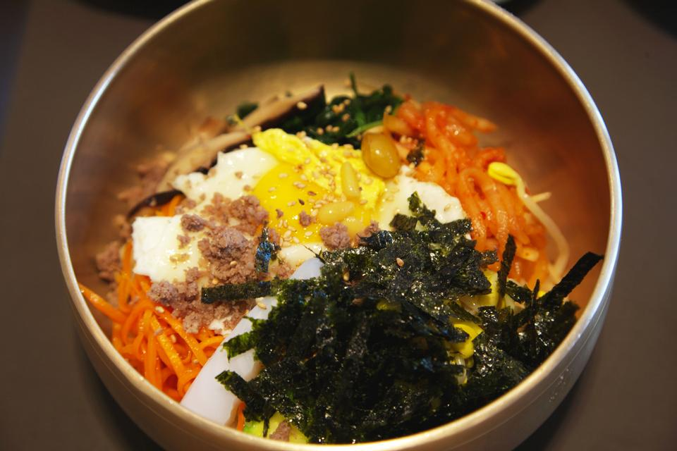 bibimbap , korean dish