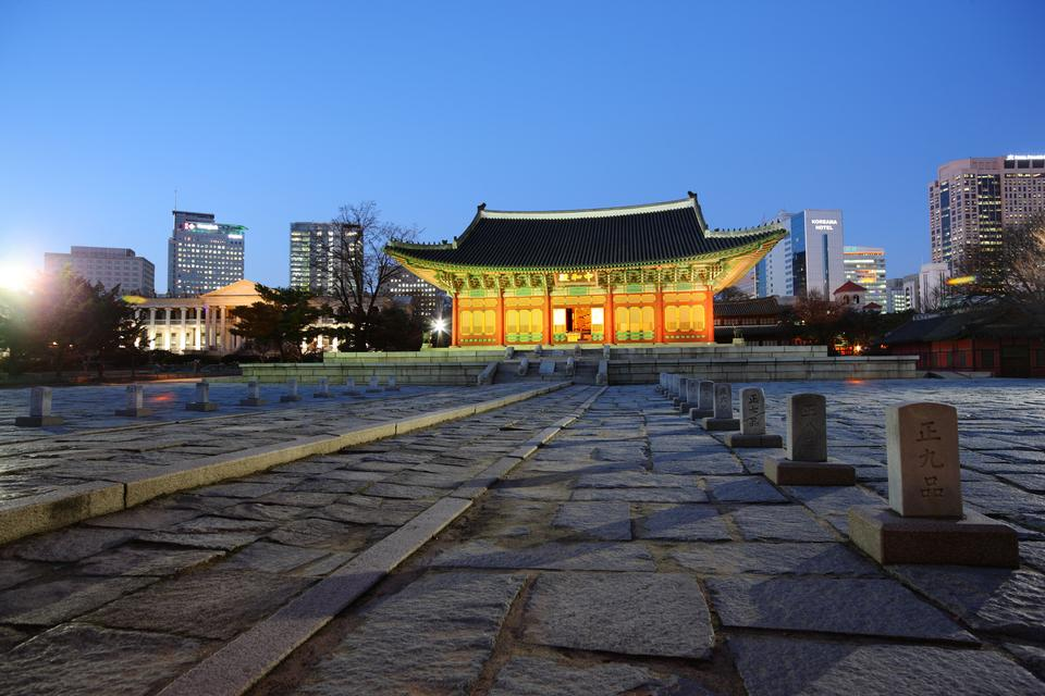 Bongeunsa Temple grounds in the Gangnam District of Seoul