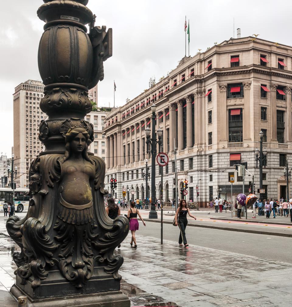 popolare regione commerce nei pressi del centro di San Paolo, Brasile