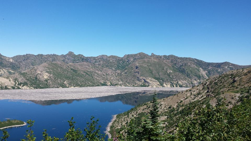 Coldwater Lake formed by the eruption from Mount st Helens