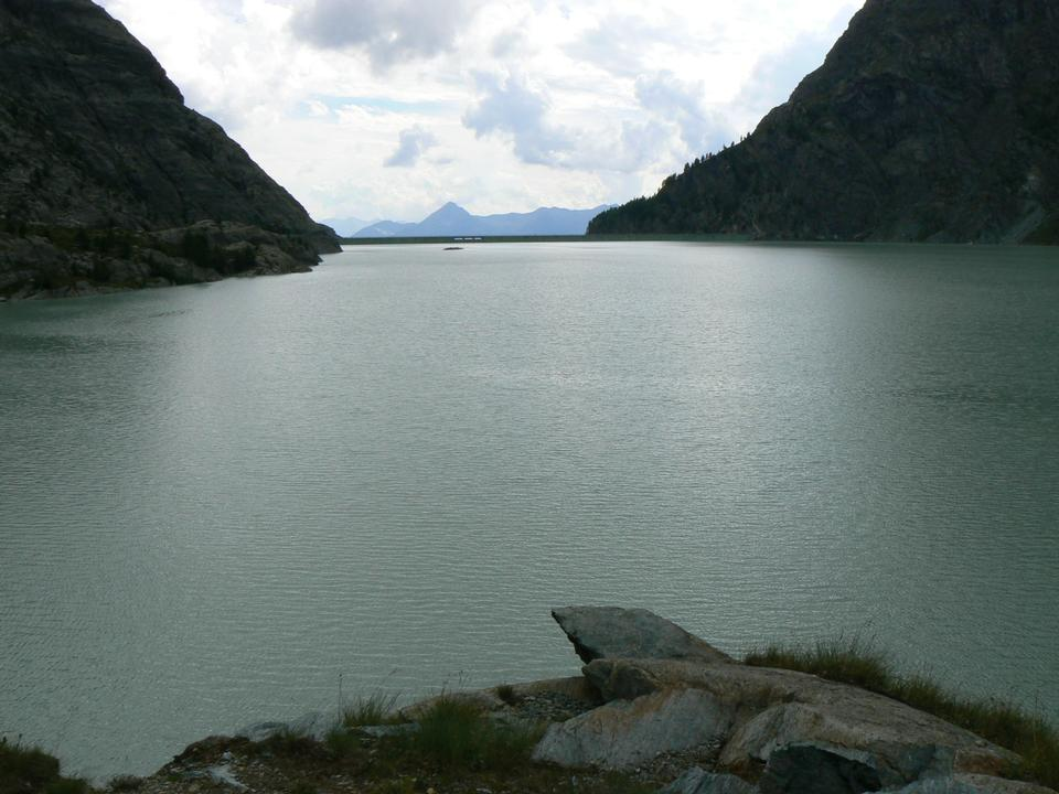 Dam on the mountain forests
