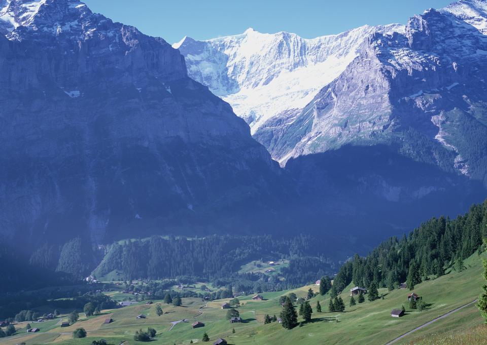 名庄劳特布龙嫩瑞士阿尔卑斯山