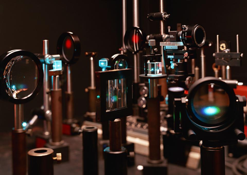 激光科学的光学系统