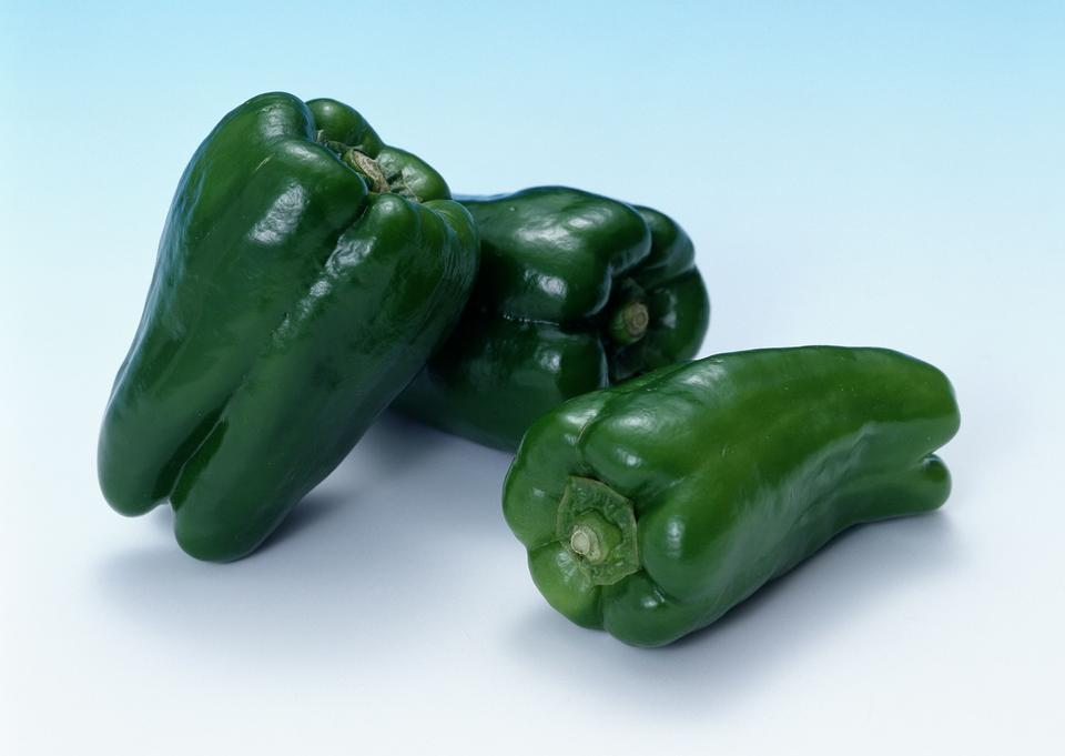 新緑ピーマンの野菜