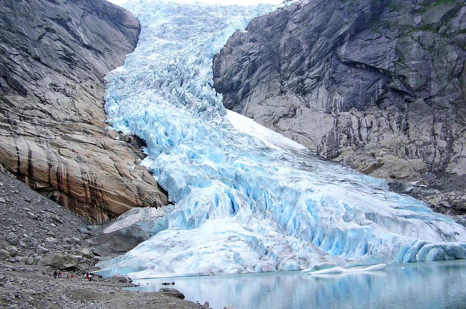 La Norvège, le glacier Jostedalsbreen National Park.Briksdalsbreen