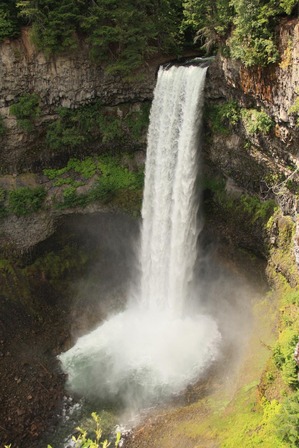 Brandywine Falls in Brandywine Falls Provincial Park