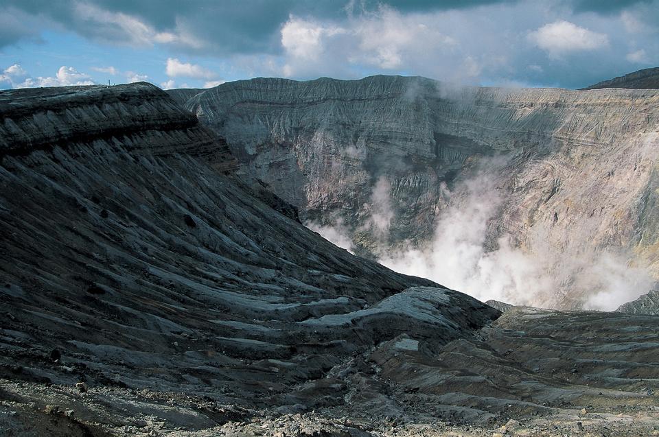 KAWAHのIJEN火山