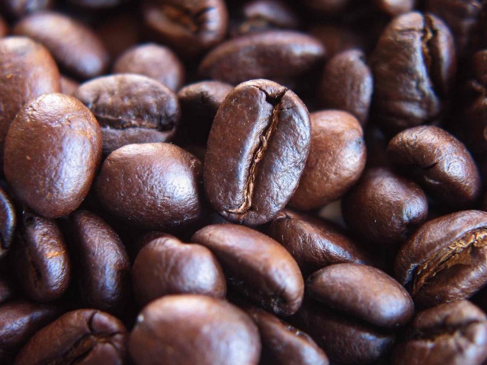 жареных кофейных зерен