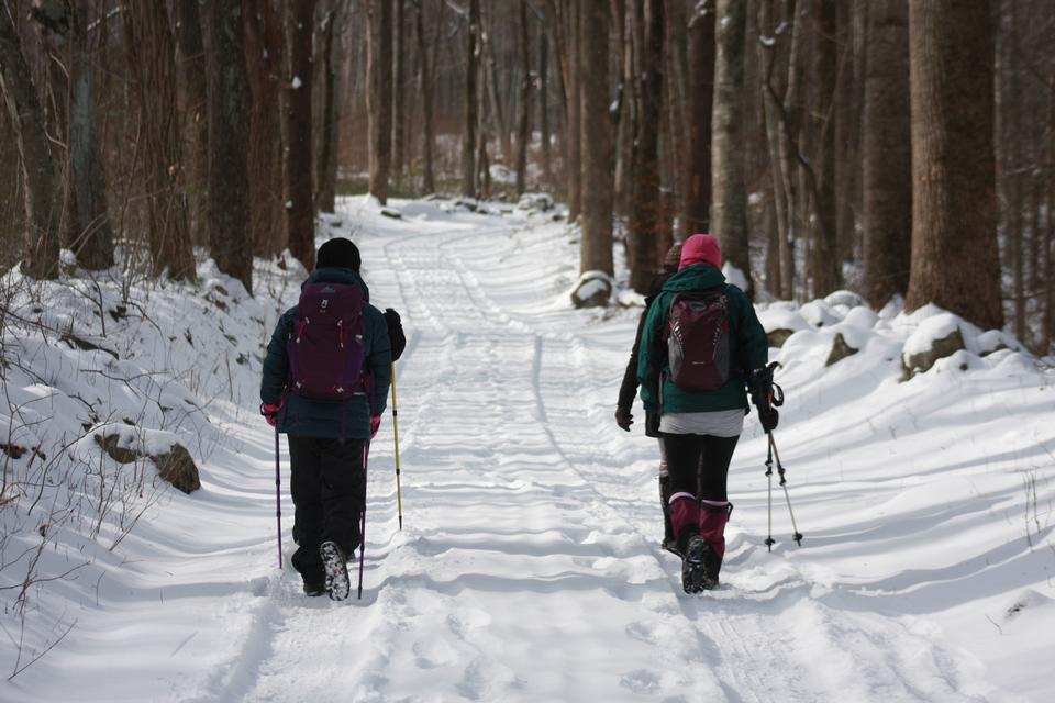 雪兰徒步旅行