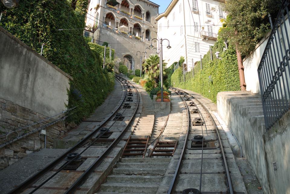 铁路在意大利贝加莫