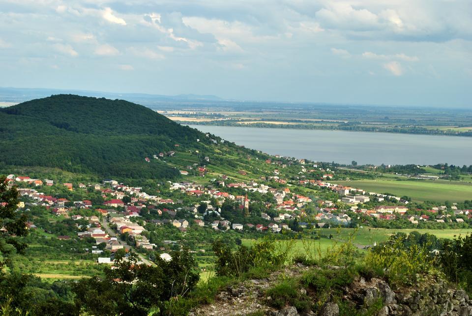 Slovaquie de l'Est, sous le château de vinne