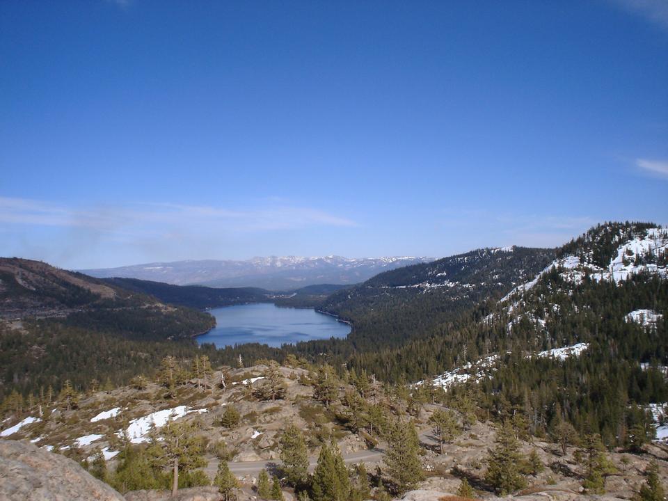 唐納湖附近的特拉基,加州