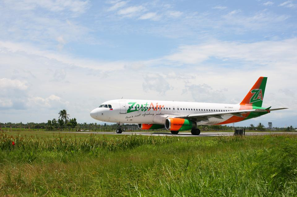 A ZestAir Airbus take off