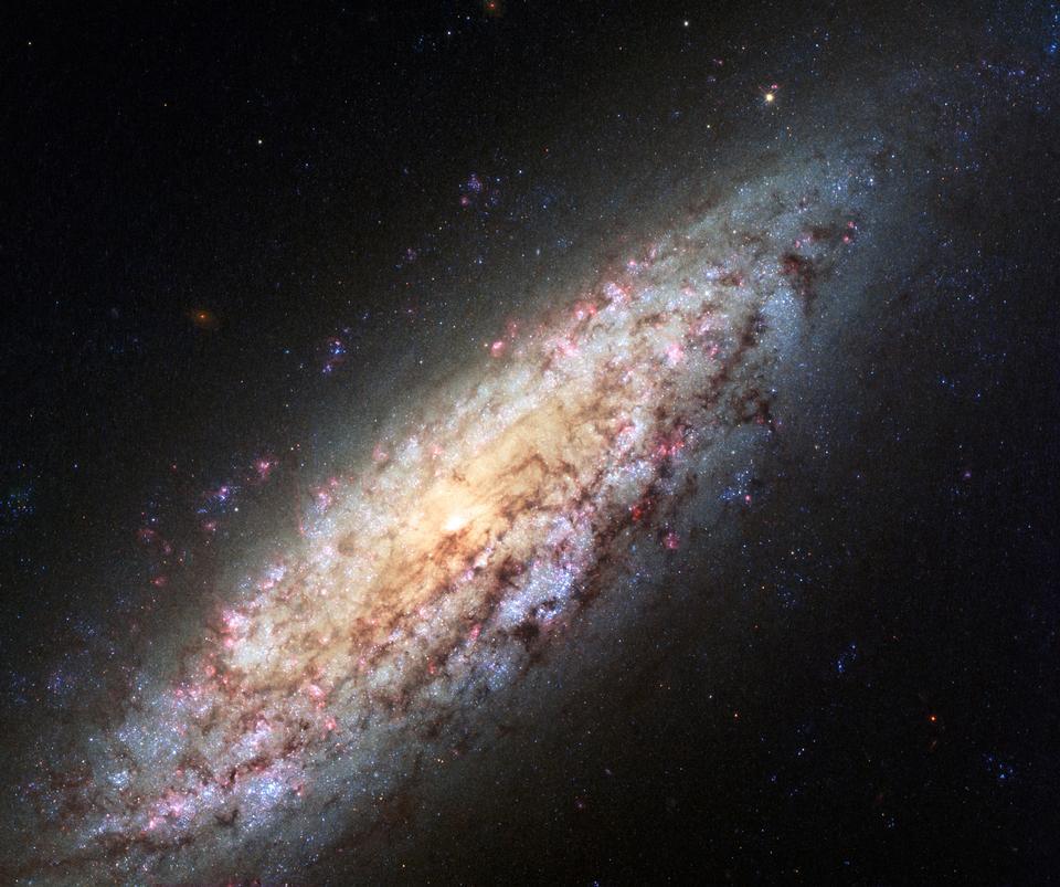 寂寞银河迷失在太空