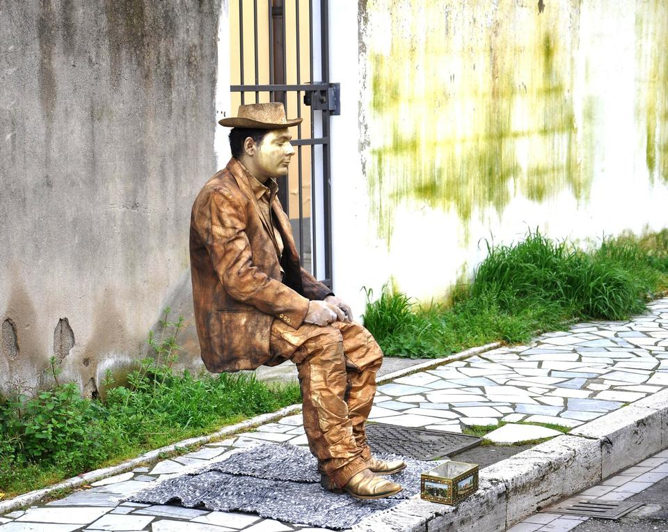 Europe Street View Statue