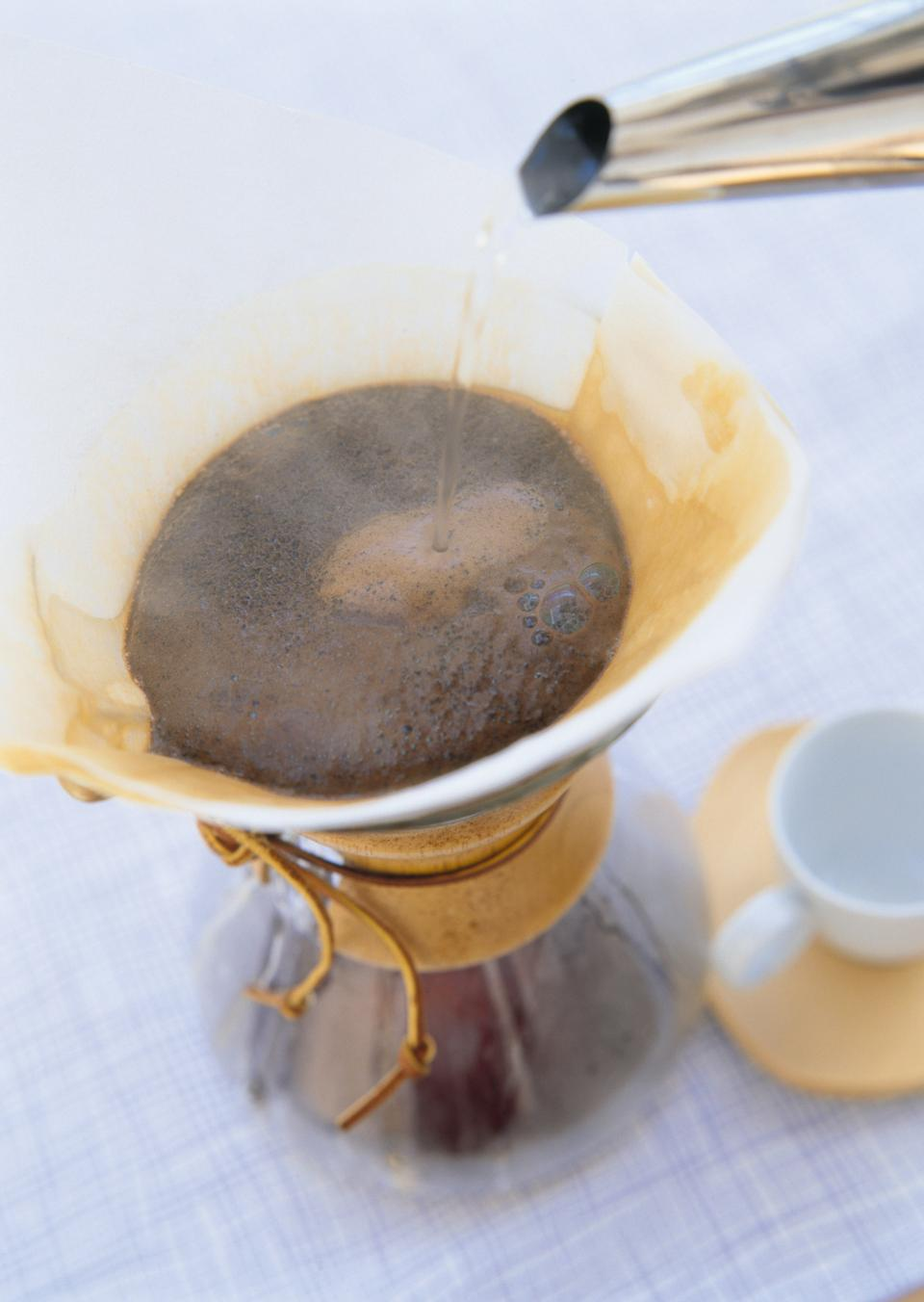 Making brewed arabica coffee from steaming filter drip style