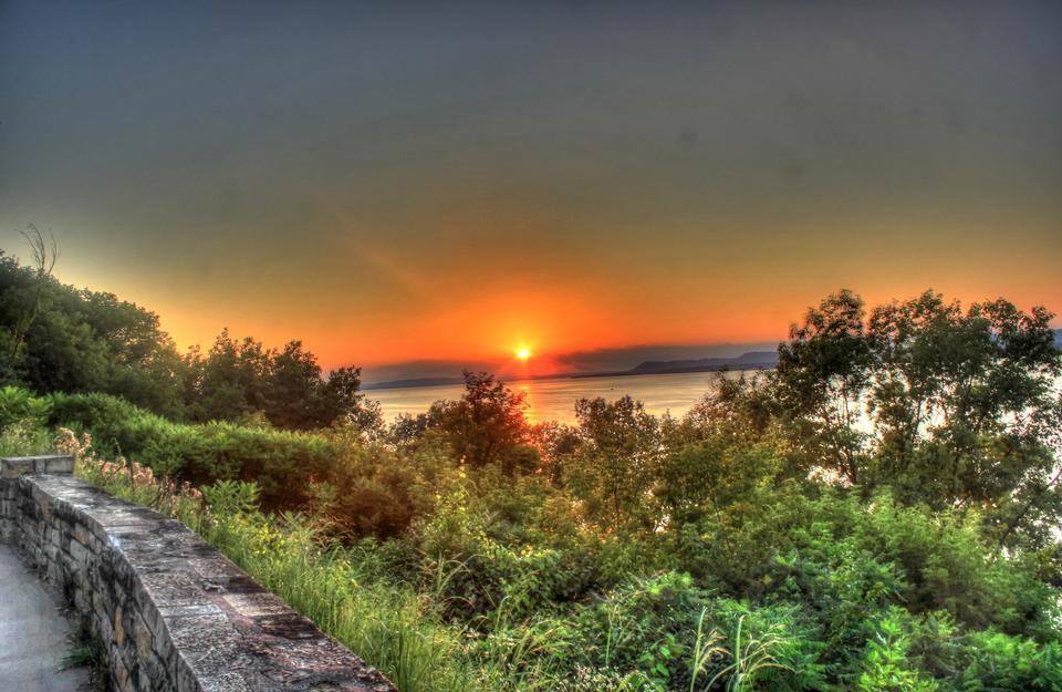 Sunset over Lake Pepi