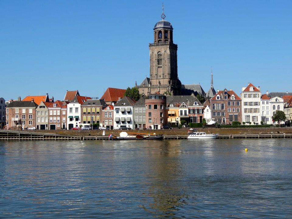 デーヴェンター、オランダの街の眺め