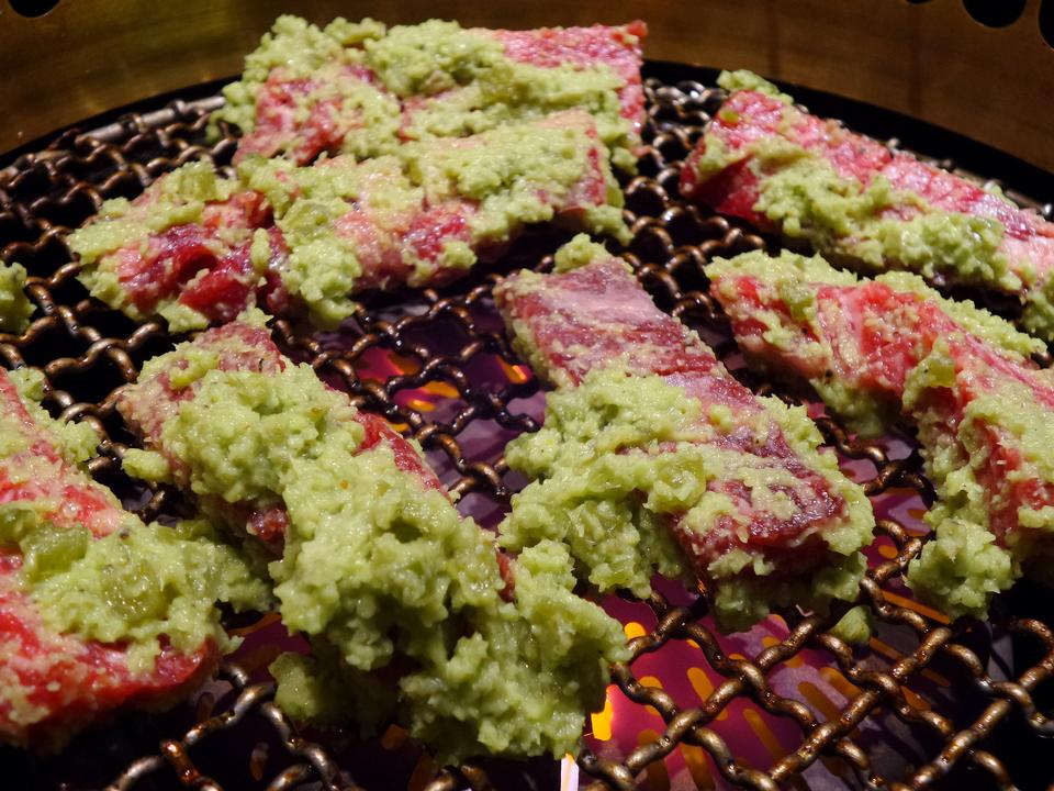 Grilled on hot coal with smoke, Yakiniku
