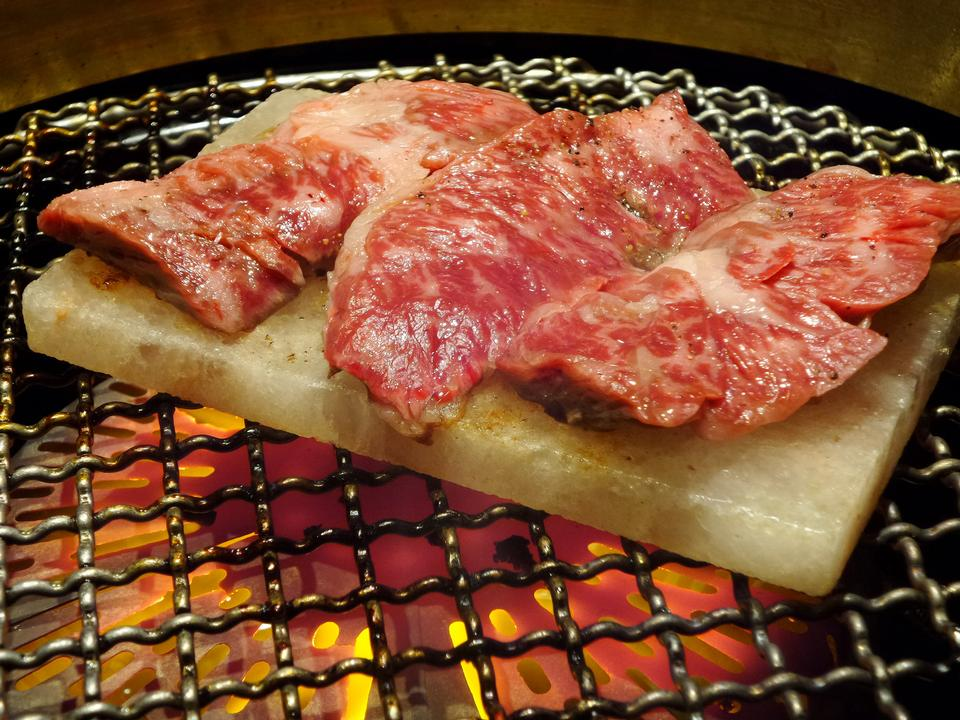 Grilled on hot coal with smoke, Yakiniku