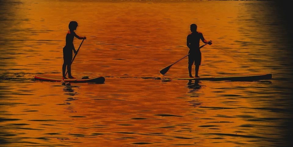 美丽的天空渔民的剪影。