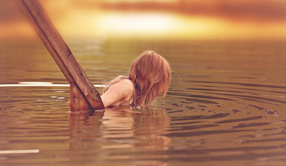 children girl in swimming