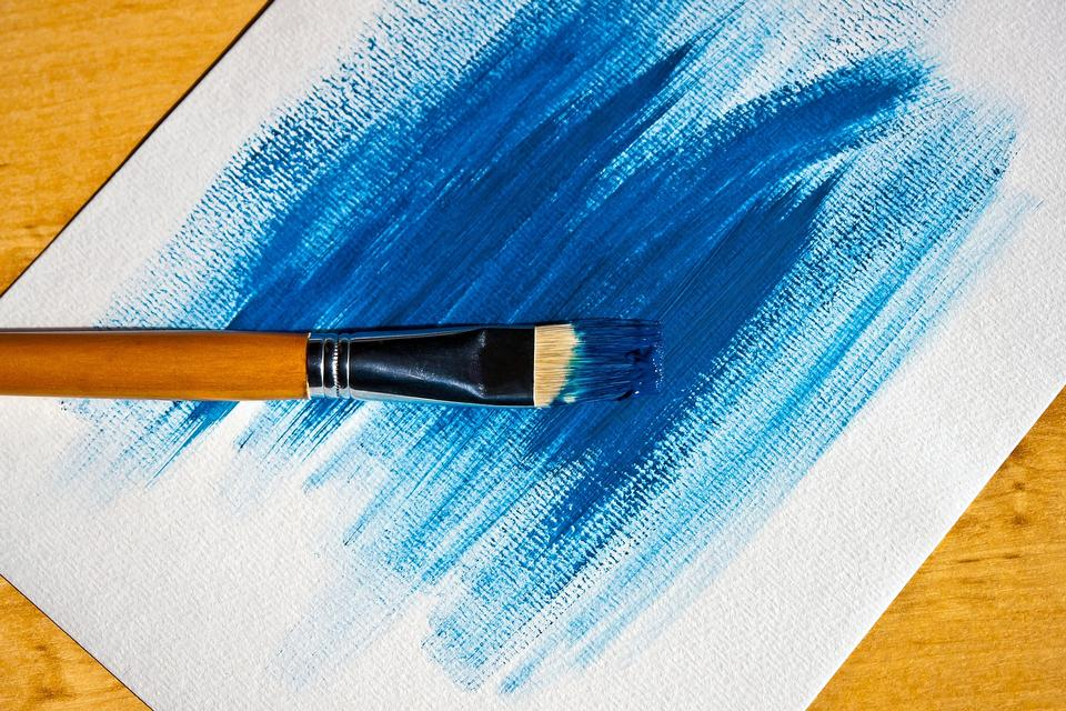 흰색 배경에 브러쉬 페인팅 파란색 페인트