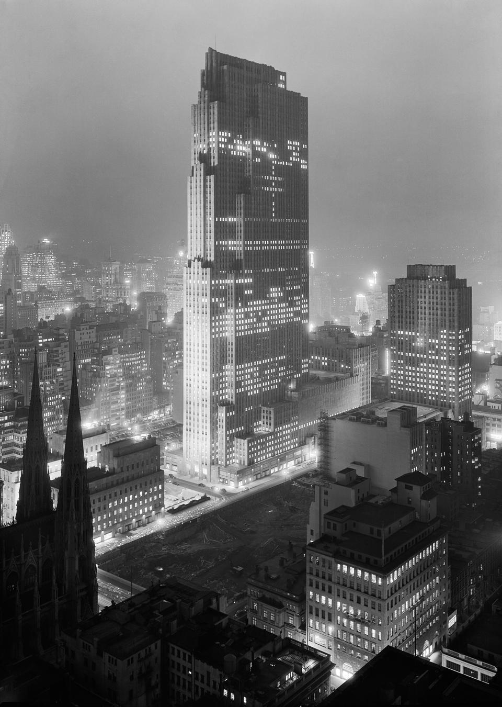 Rockefeller Center, December 1933 NY