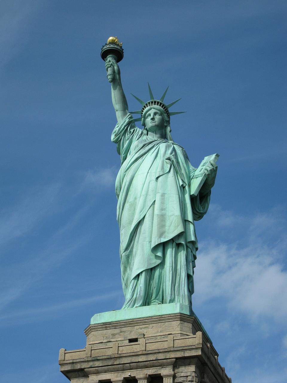 自由的在纽约市的雕像