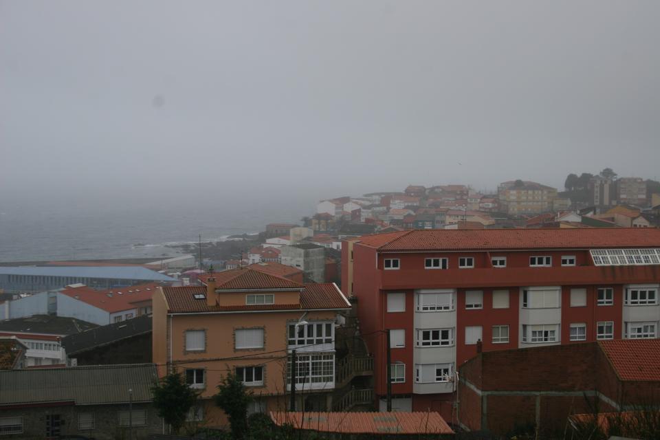 プエルト・デ・サンティアゴの海岸沿いの町