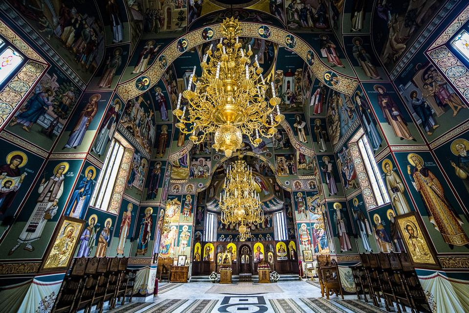 monastère orthodoxe Sihastria en Moldavie