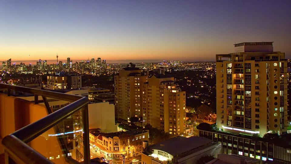 ボンダイビーチ、シドニー、オーストラリアでの夕日