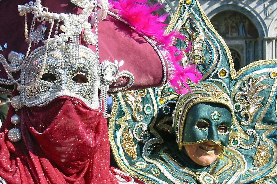 ヴェネツィアのカーニバルは、ヴェネツィアで開催された毎年恒例のお祭りです