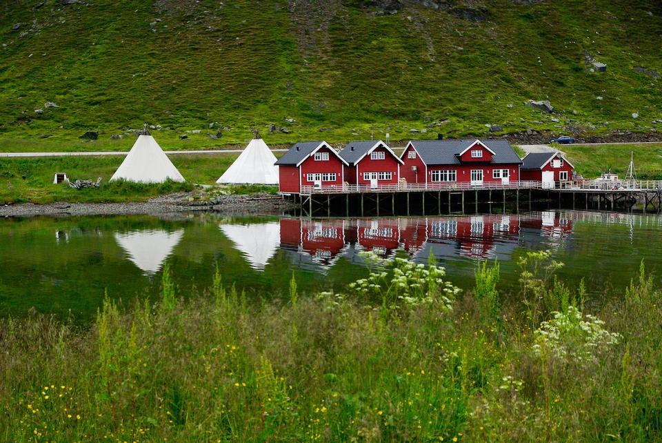 春天的夕陽美景 - 雷納,羅弗敦群島,挪威