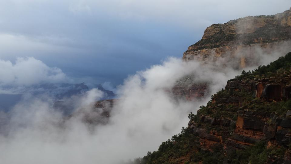 Bright Angel Trail winds into the Grand Canyon
