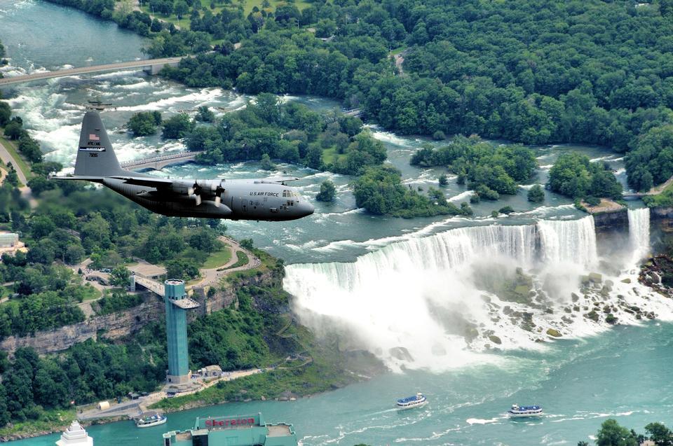 Niagara Falls С высоты птичьего полета, Канадский водопад, Канада